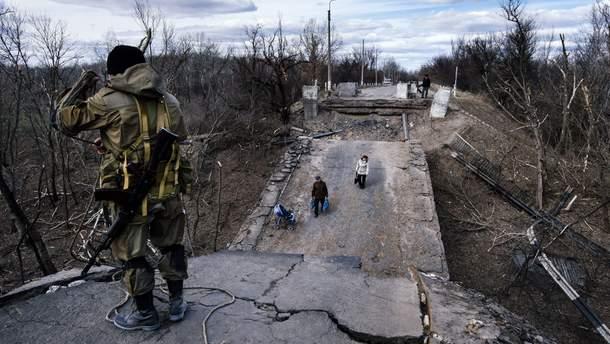 Мост в Станице Луганской должны отремонтировать, но боевики почему-то против