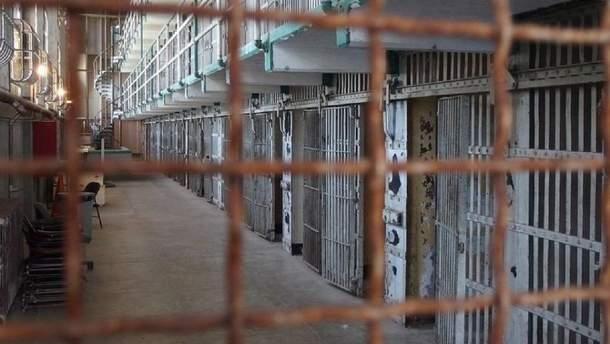 В результате бунта в тюрьме Бразилии погибли более 50 человек