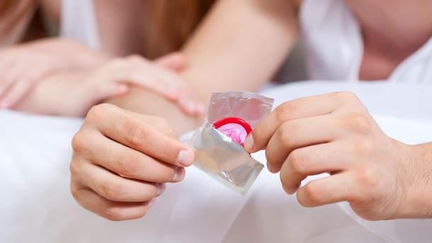 Чому презерватив може порватися: 13 причин