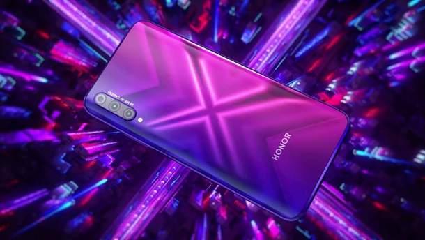 Продали 300 тисяч смартфонів Honor 9X за першу добу