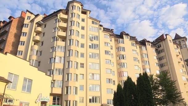 У Києві чоловік вистрибнув з балкона, щоб втекти від поліції