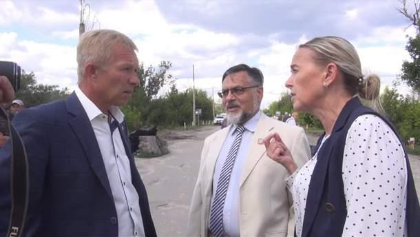 Голова Станично-луганської РДА та окупанти