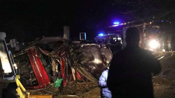 Під Новоросійськом автобус впав в обрив: загинули 4 людей (фото ілюстративне)