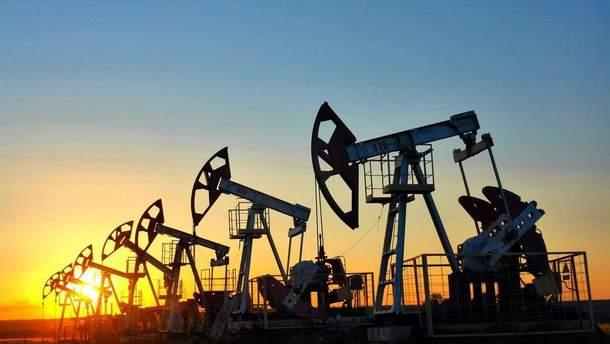 """Августовское падение нефти """"только на пользу"""""""