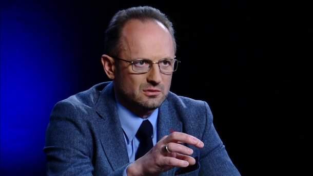 Безсмертный объяснил, зачем Украине выходить из минского процесса