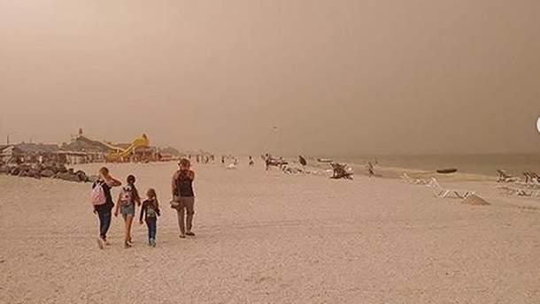 Песчаная буря накрыла Запорожскую область