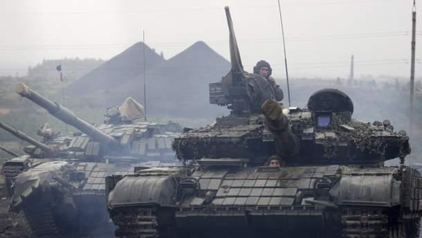 Російські танки, які використовують бойовики на Донбасі