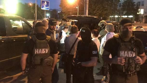 """Правоохранители задержали Грымчака и его """"помощника"""" на взятке в полмиллиона долларов"""
