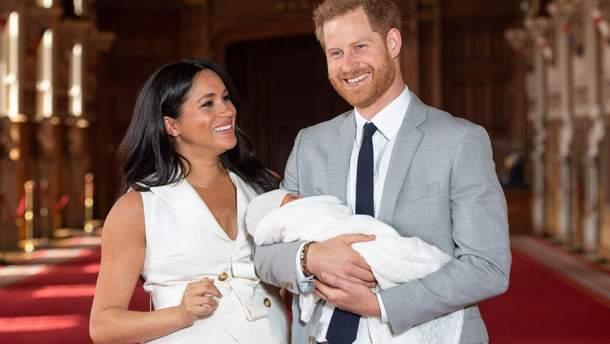 Меган Маркл и принц Гарри с новорожденным Арчи