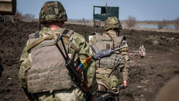 Оккупанты 13 раз обстреляли украинских военных: били из минометов