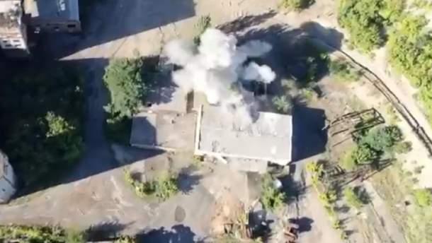 Украинские бойцы уничтожили вражескую технику