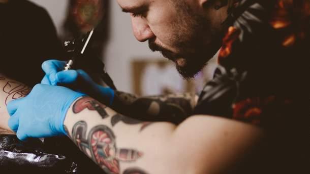 Спростували міф про татуювання