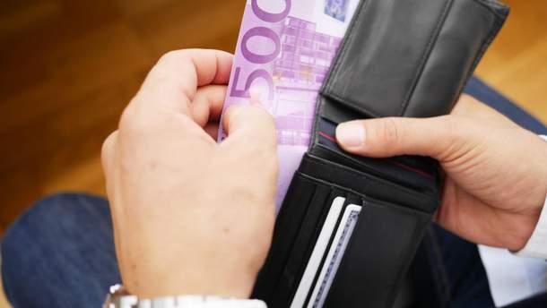 Готівковий курс валют – курс долара та євро на 23 серпня 2019