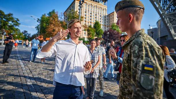 Бадоєву та Коляденко не платитимуть з бюджету за організацію Ходи гідності