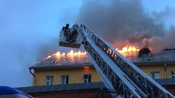Пожар в монастыре в центре Москвы