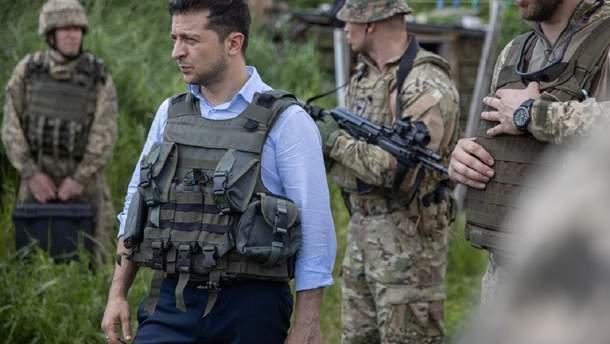 О первых шагах Владимира Зеленского на мировой арене и разрешению конфликта на Донбассе