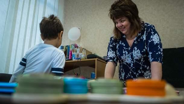 Як виховувати дитину з аутизмом