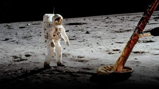 NASA планує вперше в історії відправити на Місяць жінку-космонавта