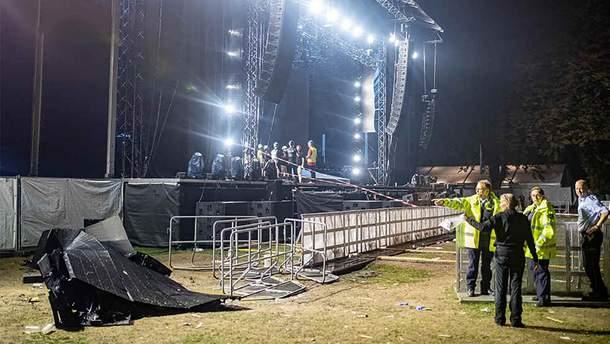У німецькому Ессені на людей під час концерту впала сцена