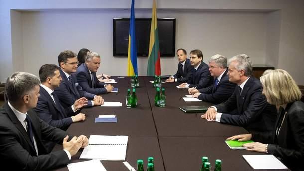 Зеленський зустрівся з президентом Литви