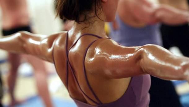 Гаряча йога спалює до 1000 ккал за одне заняття