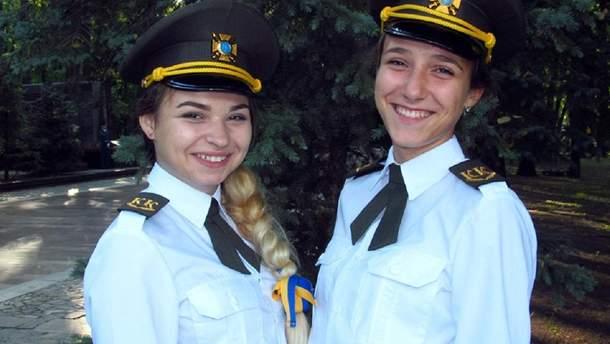 Девушки-кадеты в Харьковской гимназии
