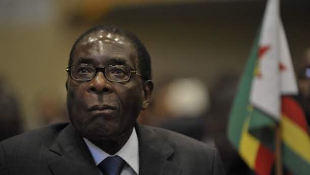 Роберт Мугабе помер – біографія екс-президента Зімбабве