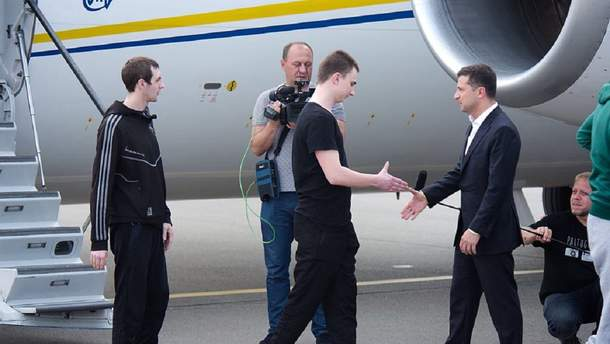 Освобожденный моряк Зинченко: хотел поблагодарить президента, но он меня опередил