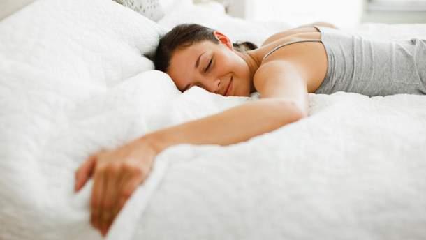 Чим корисний денний сон і скільки потрібно спати