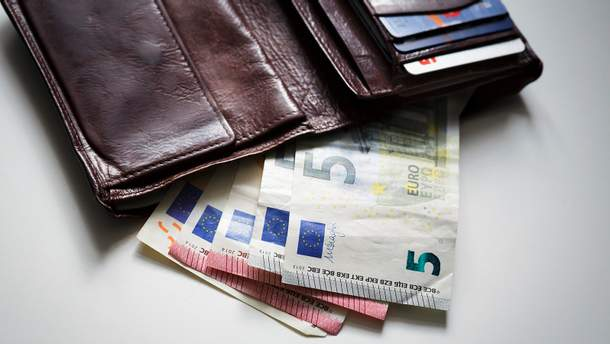 Наличный курс валют на 16.09.2019: курс доллара и евро