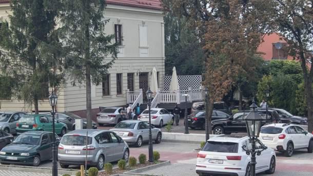 Спецоперация возле ресторана в польском Ярославе