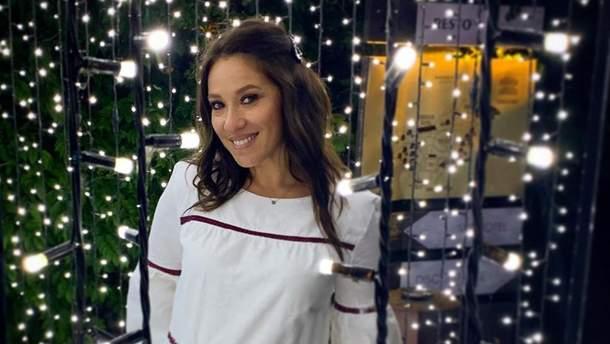 Відома українська співачка вагітна первістком (відео, фото)