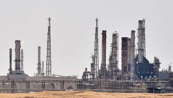 Удар по світовій енергетиці: західні ЗМІ про атаки на саудівські нафтові заводи