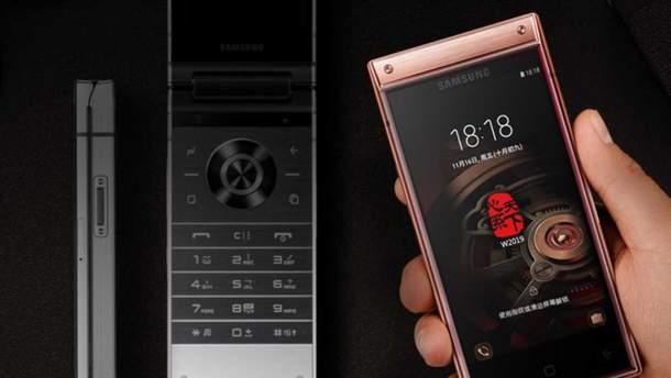 Смартфон-жабка Samsung W2020: що відомо про новий флагман