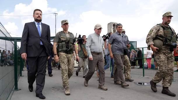 Формула Штайнмаєра та розведення військ: що це означає для майбутнього України?