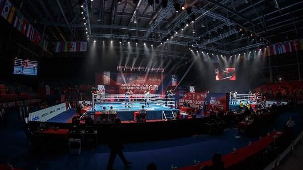 Українські боксери, які проігнорували бойкот, провалилися на чемпіонаті світу в Росії