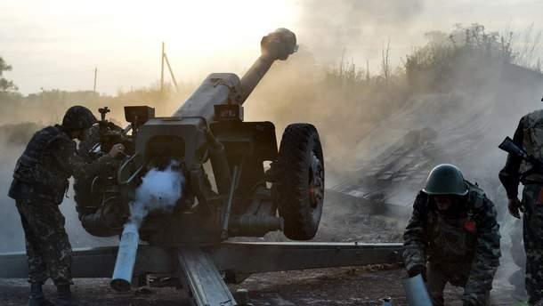 Боевики на Донбассе палят из запрещенного оружия