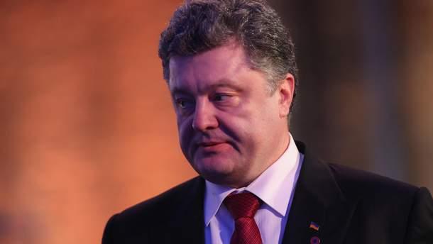 Путін обіцяв і не звільнив Сенцова, – Порошенко