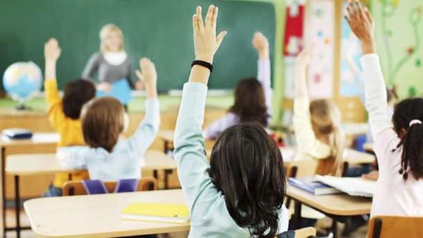 В России очередная истерика из-за перехода украинских школ на украинский язык обучения