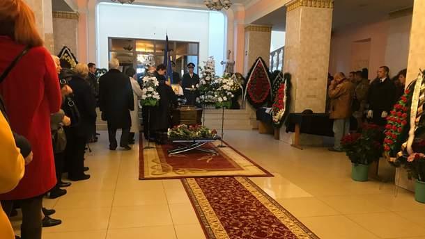 В Виннице попрощались с летчиками, погибшими в авиакатастрофе Ан-12 под Львовом