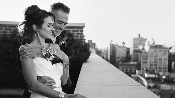 Джеффрі Дін Морган та Гіларі Бертон одружились!