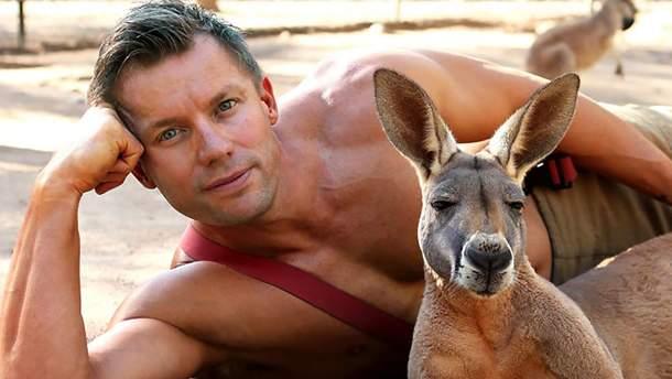 Обережно, гаряче: австралійські пожежники знялись для еротичного календаря з тваринами