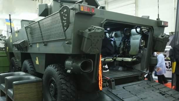 """Техніка війни: Потужний бронетранспортер """"Отаман-3"""". Гвинтівка безшумної стрільби """"Шепіт"""""""