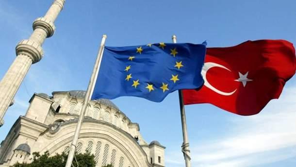 ЄС тимчасово зупинив експорт зброї до Туреччини через її наступ в Сирії