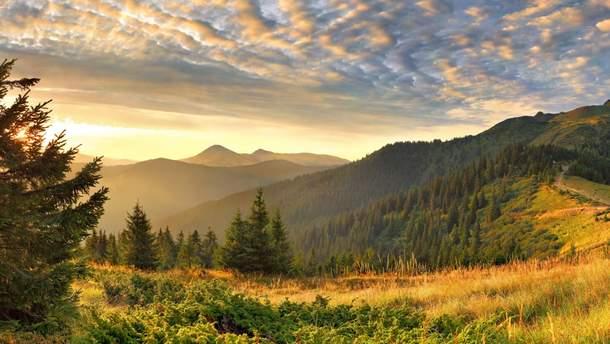 Куди поїхати на вихідні в Україні: підбірка найцікавіших місць
