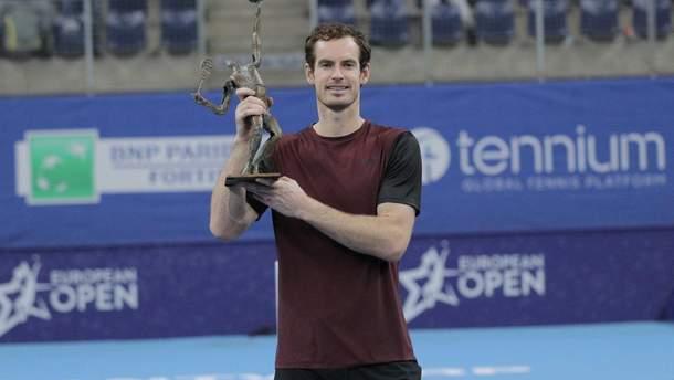 Маррей виграв титул ATP після протезування стегна, він майже 3 години бився з Ваврінкою