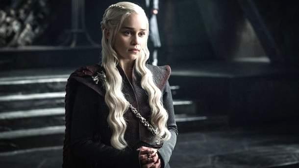 """Емілія Кларк в ролі Дейнеріс Таргарієн у """"Грі престолів"""""""