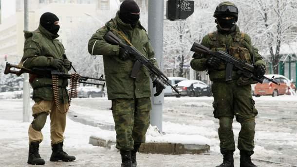 Боевики с повязками СЦКК появились возле моста в Станице Луганской