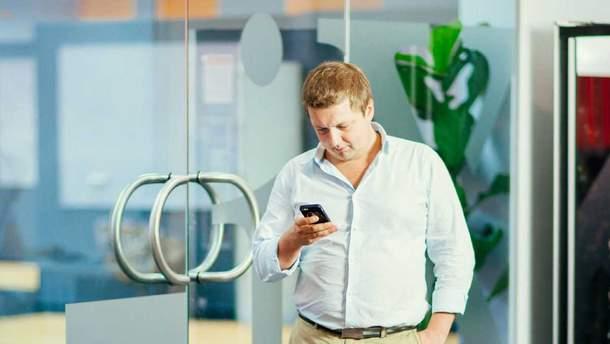 Индусы скопировали даже фото CEO N-iX Андрея Павлива