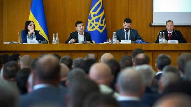Зеленский рассказал, как будет бороться с теневым рынком спирта